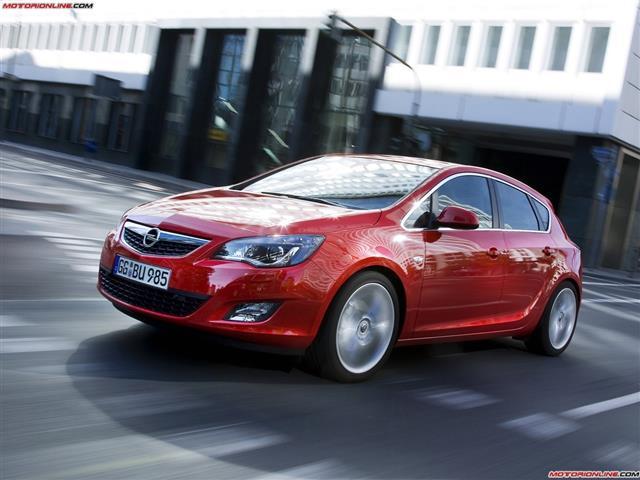 Opel Astra: vettura adatta a tutti i gusti