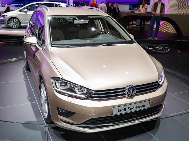 Volkswagen Golf Sportsvan: più versatilità