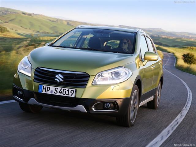 Suzuki S-Cross sostituisce la vecchia SX4