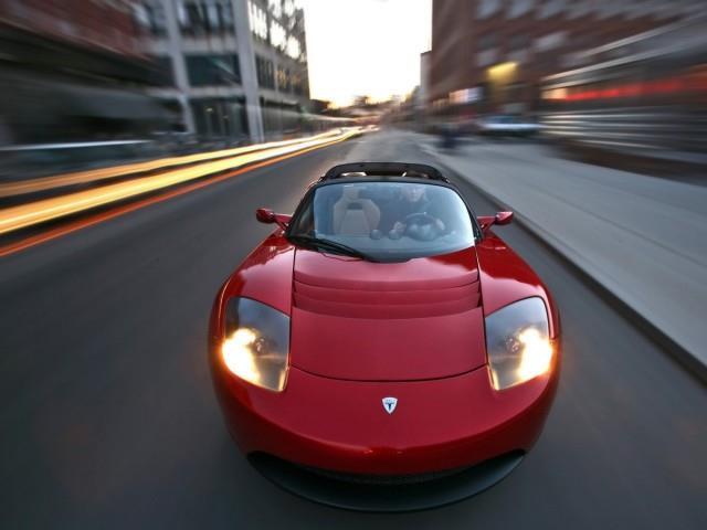 Tesla Roadster: un prodigio di tecnica
