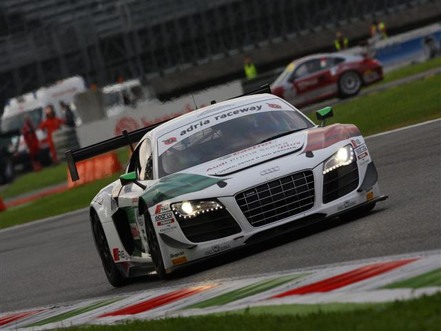 Vallelunga apre il campionato italiano GT 2015