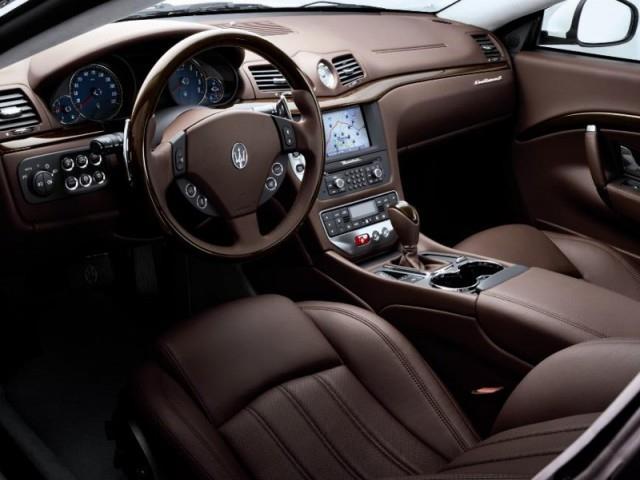 Maserati Grancabrio: automatica o sport