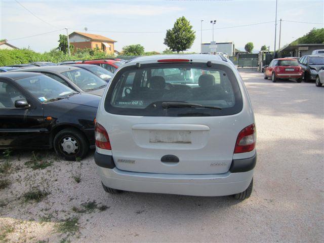 Renault Scenic: spazio per esprimersi