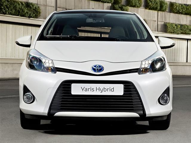 Nuova Toyota Yaris: full hybrid
