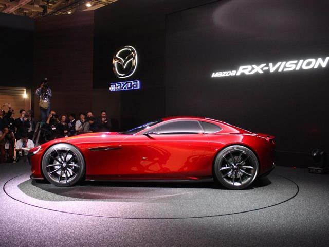 Mazda RX-Vision: il ritorno del motore rotativo