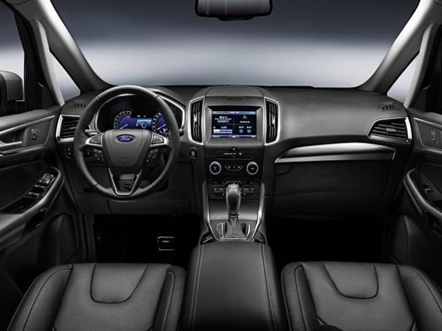 Ford S-Max 2015: più agilità e potenza