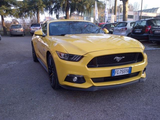 FORD MUSTANG 5.0 GT aut. 01/17 KM 18500